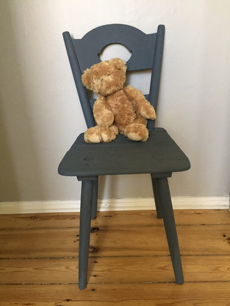 Chair_Bear
